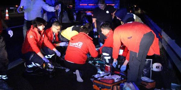 Kazada kalbi duran kadını kalp masajı ile hayata döndürdüler