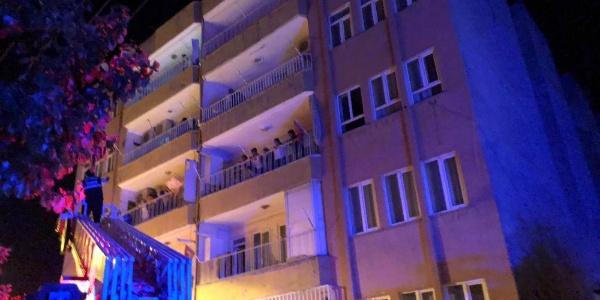 Adıyaman'da 19 daireli binada yangın paniği