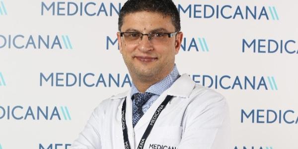 Doktordan büyük göğsü olanlara uyarı: Sağlık sorunlarına neden olabilir