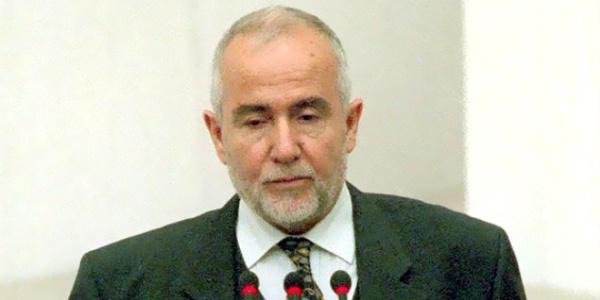Necmettin Erbakan'ın bakanlarından Cevat Ayhan vefat etti