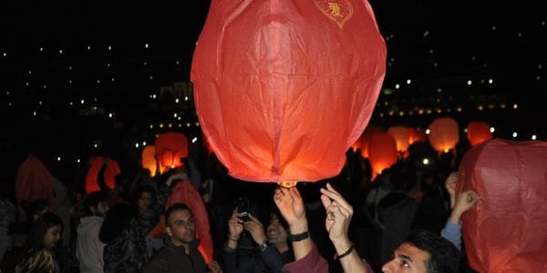 Diyarbakır'da dilek balonları Kırklar Dağı için havalandı
