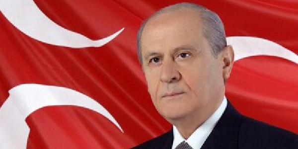 MHP lideri Devlet Bahçeli yine gündemi değiştirdi: Kader kurbanlarına af