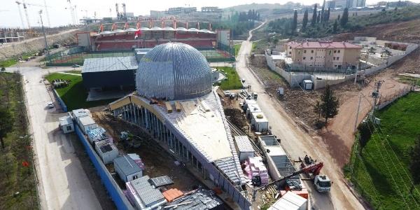 Türkiye'nin en büyük uzay evi İzmit'te yükseliyor