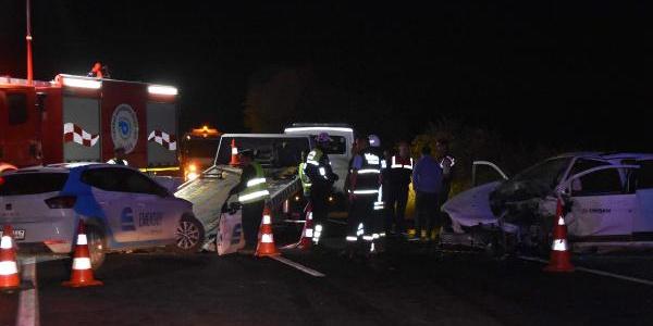 Tekirdağ'daki feci kazada 2 kişi öldü bir kişi yaralandı