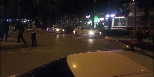 Kahramanmaraş'ta otomobil anne ile kızına çarpıp kaçtı: 1 ölü