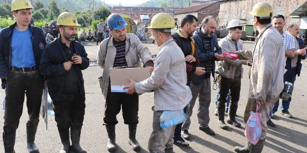 Zonguldaklı maden işçileri 8 yıl önceki faciada ölen 30 işçi için toplandı