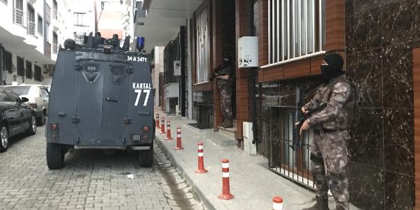 Kağıthane'de Özel Harekat ve Çevik Kuvvet destekli operasyon