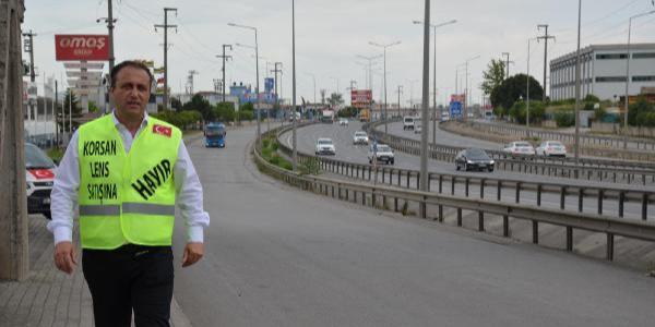 İnternetten lens satışını durdurmak için Ankara'ya yürüyor