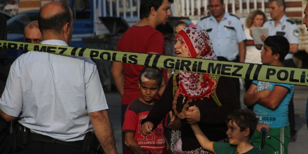 Adana'da balta ve sopalı kavganın nedeni: Park yüzünden 2 ölü, 7 yaralı