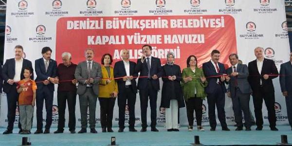 """Ekonomi Bakanı Nihat Zeybekçi'den kurda """"spekülasyon ve operasyon"""" açıklaması"""