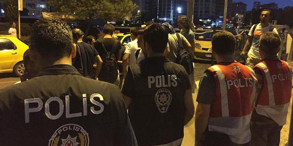 """Dün gece ülke genelindeki """"Huzur Uygulaması""""nda 1546 kişi yakalandı"""