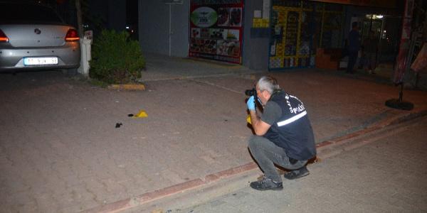 Adana'da 2 araca takip cihazı yerleştiren motosikletli kayıplara karıştı