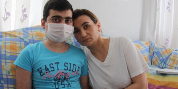 Aplastik anemi hastası 15 yaşındaki Cavit için 475 bin liraya ihtiyaç var