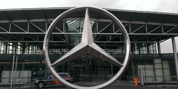 Volkswagen'den sonra bir skandal da Mercedes'te: 600 bin aracı geri çağıracak