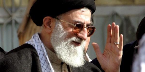 İran'dan Avrupa'ya petrole karşı nükleer tehdit