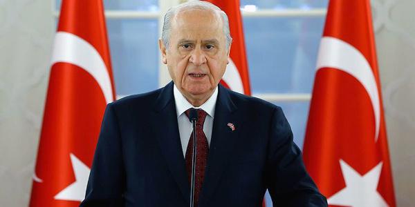Devlet Bahçeli: MHP'yi eritmeye çalışan alçaklara şamarı indirmeye hazır mısınız?