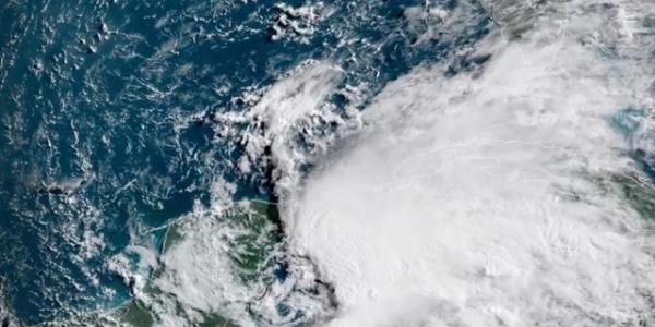 Florida'ya doğru ilerleyen Alberto yüzünden ABD'de acil durum ilan edildi