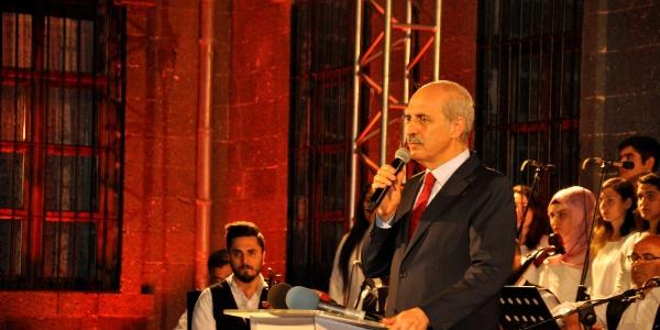 Diyarbakır'da bakan Numan Kurtulmuş'lu Diyar-ı Huzur gecesi