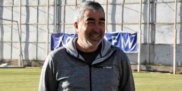 Bursaspor yönetimi Samet Aybaba ile anlaşmaya vardı