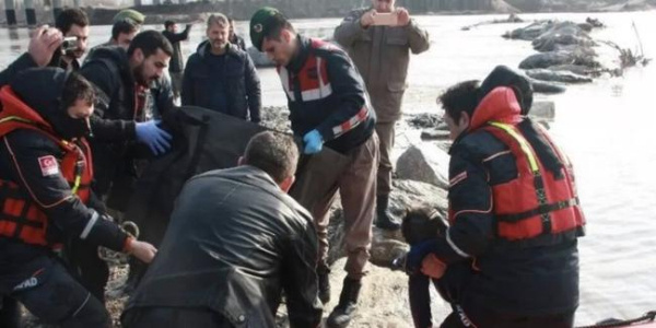 Meriç Nehri'nde, hamile kadın ile kız çocuğuna ait ceset bulundu