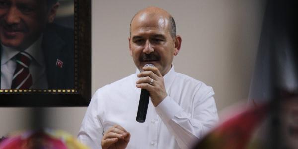 Bakan Süleyman Soylu'dan ilk kez oy kullanacak olan gençlerle Türkiye dersi