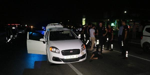 Adana'da evi kurşunlayan zanlılar polisin kapanından kaçamadı