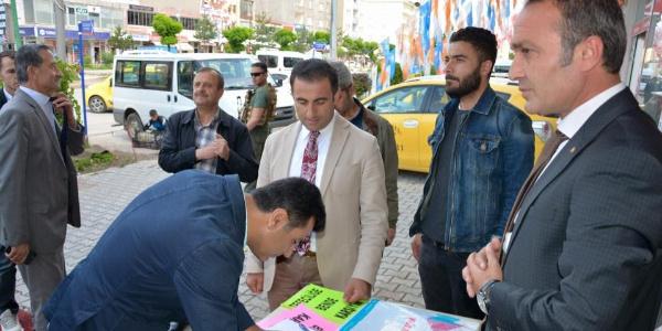 Güroymak'ta kaymakamlık tefeciliğe karşı imza kampanyası başlattı