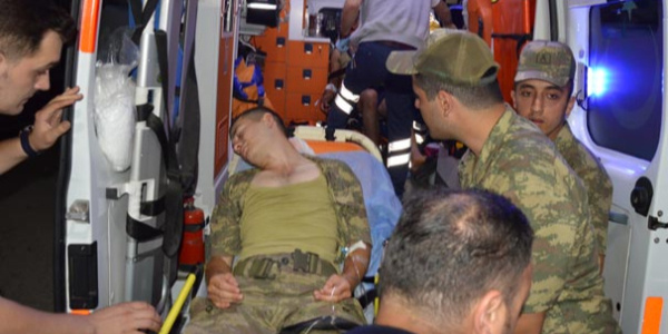 Denizli'de 62 asker tugay revirinde tedavi altın alındı