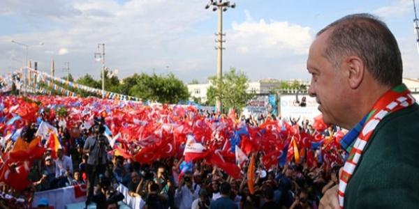 Cumhurbaşkanı Erdoğan 21 ilin kanaat önderine seslendi: Kürtlere kimse devlet aramasın