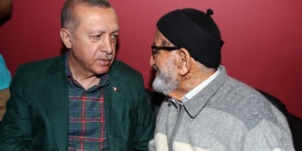 Cumhurbaşkanı Erdoğan Diyarbakır dönüşü rotasını değiştirdi