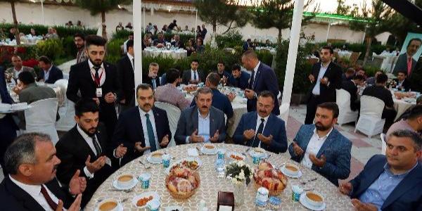 Mustafa Destici'den Selahattin Demirtaş'a özgürlük isteyenlere veryansın
