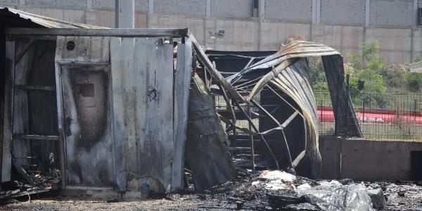 İnegöl'deki sunta fabrikasında patlama: Ortalık savaş alanına döndü