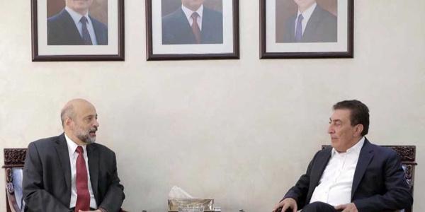 Ürdün'ün yeni başbakanı Rezzaz'dan protostolar üzerine geri adım
