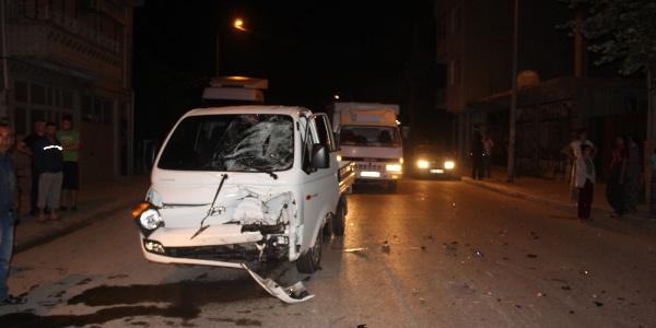 Tekirdağ'da motosiklet ile kamyonet çarpıştı: 1 ölü, 1 yaralı