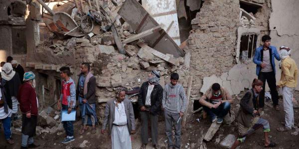 Yemen'den   Kızılhaç'a insani yardımlar için geri dönün çağrısı