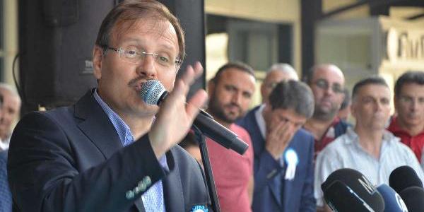 Hakan Çavuşoğlu: Seçimde milliyetçi, seçim bitince terörist cenazelerinde ağlayıcı oluyorlar