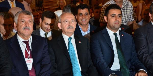 """Adana'da esnafla buluşan Kemal Kılıçdaroğlu """"Esnaf Bakanlığı şart"""" dedi"""