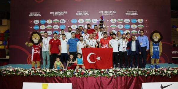 Türkiye, U23 Avrupa Güreş Şampiyonası'nda 17 madalya ile rekor kırdı