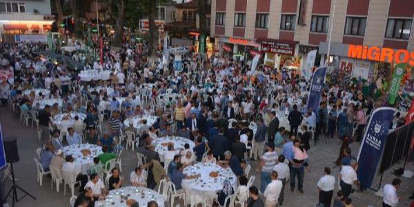 Hakan Çavuşoğlu devreye sokulan darbeleri sıraladı: Yolumuzdan döndüremediler