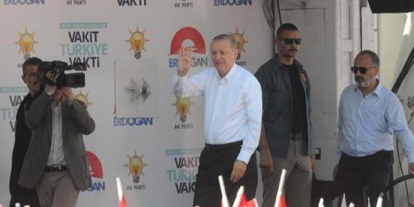 """Cumhurbaşkanı Erdoğan'dan Yalova'da """"Akıncı uçağı"""" müjdesi"""