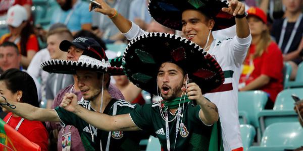 Meksika taraftarının galibiyet sevinci FIFA'yı korkuttu