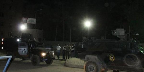 Hakkari'de askeri araca düzenlenen roketli saldırıda 6 asker yaralandı