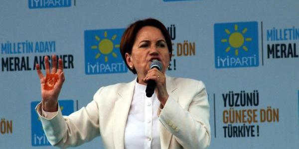 Meral Akşener: Herkes Meclis'te yan gelip yatmış