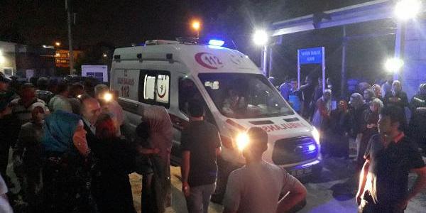 Bursa'da uyuşturucu satıcıları ile mahalleli birbirine girdi: 2 kadın yaralı