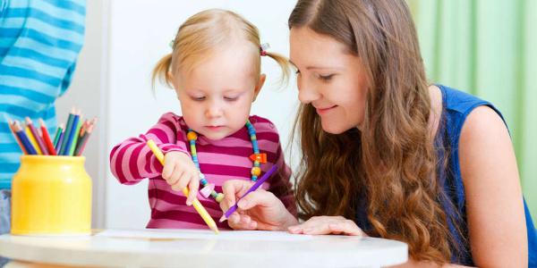 Ebeveyn ve bakıcılara izin ve esnek çalışma ile ilgili AB'den yeni tasarı