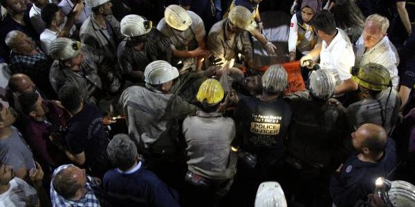 Zonguldak'ta göçükteki 2 işçi 6 saat sonra kurtarıldı