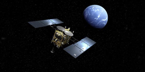 """Japonya'nın Hayabusa 2  uzay aracı """"dönen topaç""""a ulaştı"""