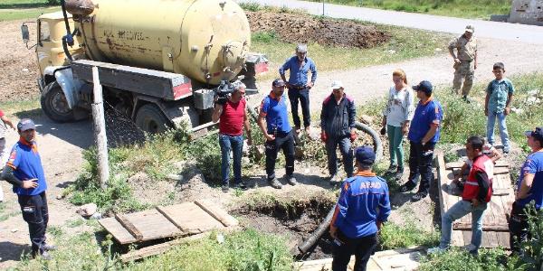 Ağrı'da ekipler köylerde boşalttıkları kuyularda  Leyla'yı  arıyorlar