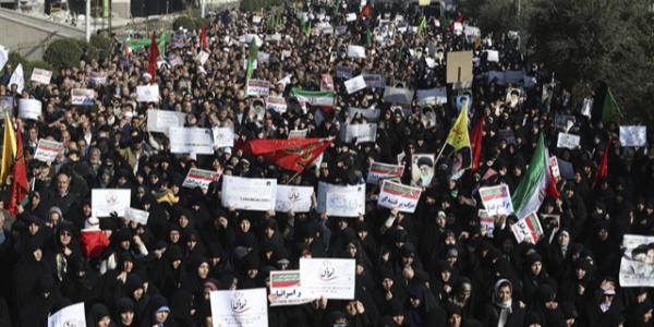 İran'da su yüzünden başlayan protestolar gittikçe yayılıyor