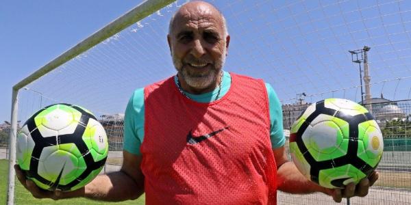 8-0'lık İngiltere maçının kalecisi Yaşar'dan 32 yıl sonra itiraf